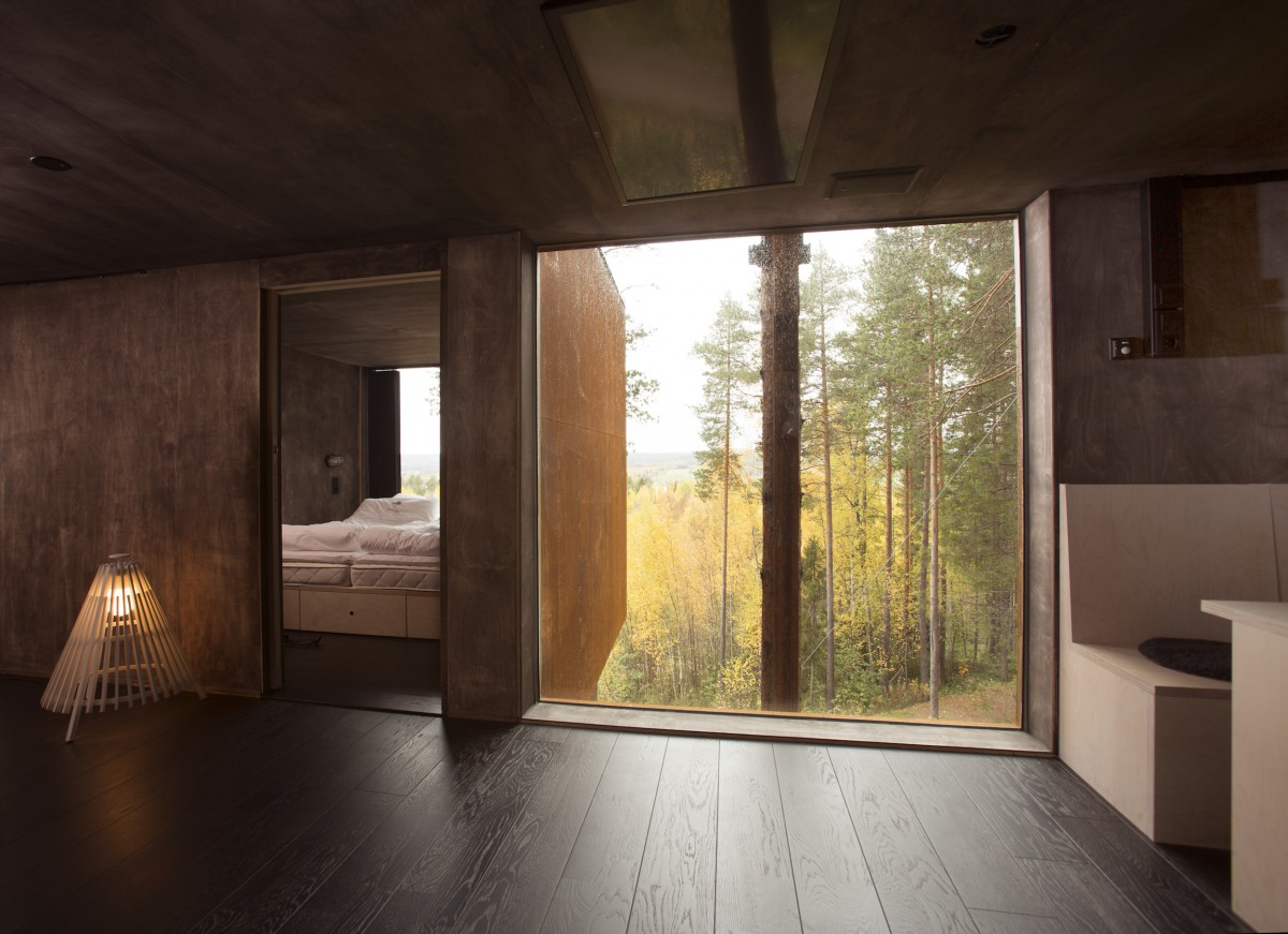 treehotel in schweden ein baumhaustraum f r erwachsene urlaubsheld. Black Bedroom Furniture Sets. Home Design Ideas